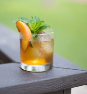 apt.bar-peach-and-pecan-summer-sipper-950x1024